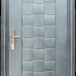 Блиндирана входна врата 132-D1